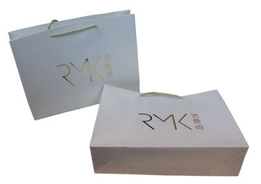 China Eco Friendly Paper Carrier Bags 180gsm For Advertising With Gold Foil Pressed factory