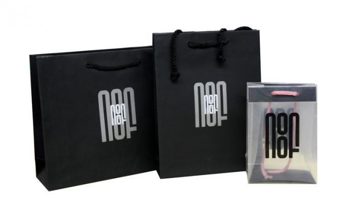 Embossed Logo NOOF Paper Carrier Bag Twist Rope Handle 190gsm