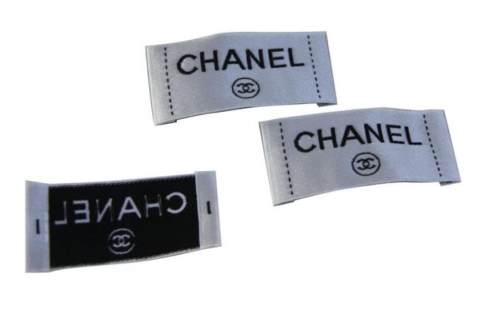 Recyclable Clothing Woven Labels White Black Satin Surface Crochet